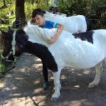 Große Liebe zwischen Mensch und Pferd.